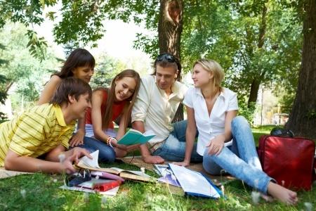 לימודים בראי החוק: מדריך לזכויות משפטיות של הסטודנט