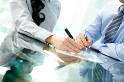 פיצויי פיטורים בגין שימוע לא תקין: זויפה חתימת עובד על פרוטוקול השימוע