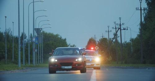 נהיגה בשכרות בזמן פסילה: מה העונש הצפוי לנהג שנמלט ממעצר בית וברח משוטרים?