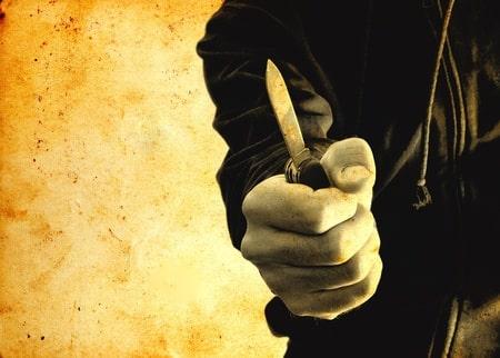 ענישה חמורה בגין שוד תחנת דלק: שנתיים מאסר בפועל לגבר ששדד באיומים 310 שקלים