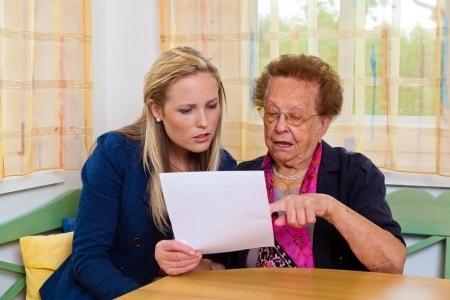 פיצויי פיטורים מחמת גיל: 120 אלף שקלים לעובדת שפוטרה על סף פרישה